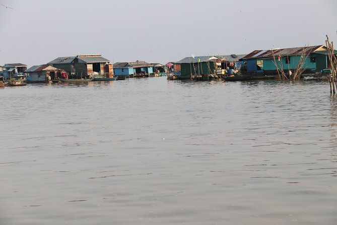 Guided Floating Village Boat Tour in Siem Reap photo 8