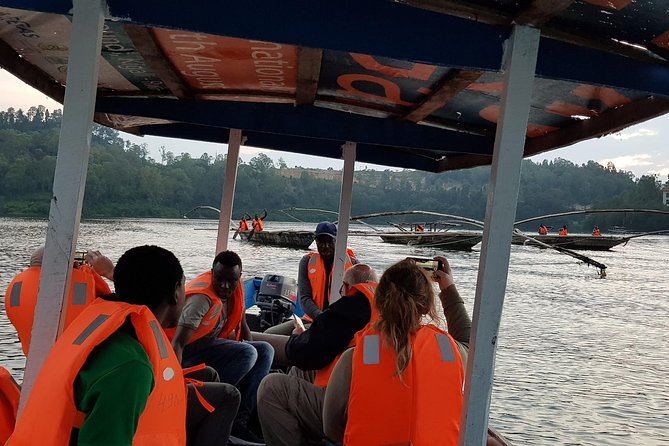 Two-day Nyungwe Canopy and Kivu Lake Adventure photo 2