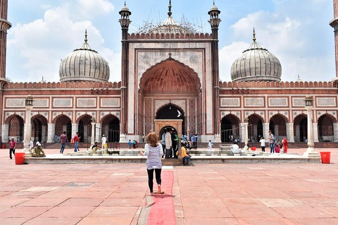1 Day Delhi and 1 Day Taj Mahal Tour by Car