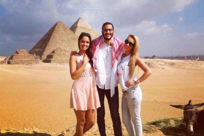 8-Hour Private Tour of the Pyramids,Museum and Bazaar including camel ride