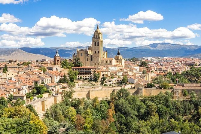 Private Day Trip to Segovia from Madrid with Hotel pick up & drop off