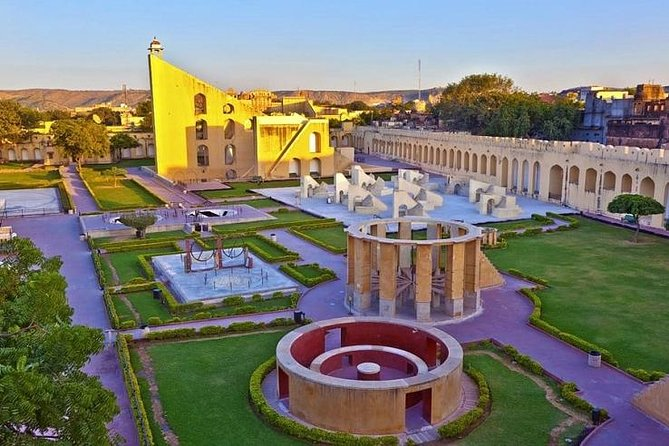 Private 03- Day Delhi Agra Jaipur Tour From Pune With One Way Flight