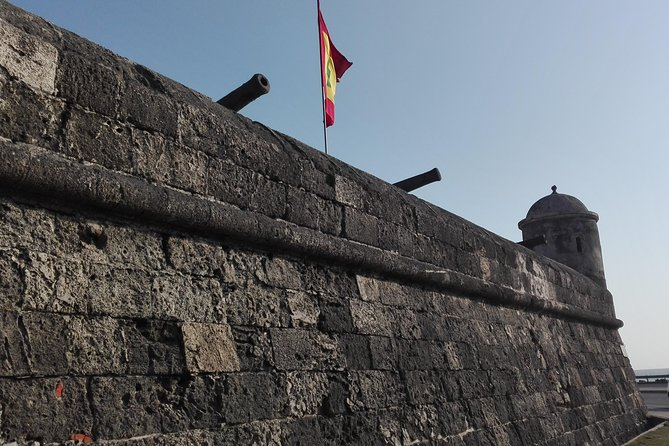 """""""Cartagena, into the walls of the city"""". The walking tour."""