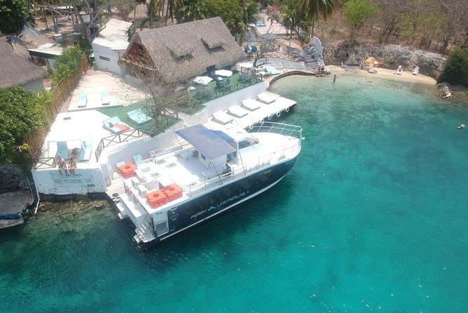 Islas del Rosario - Kokomo Beach Club - Excursion in Catamaran