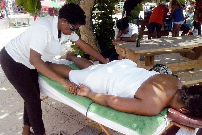 Excursão Terrestre: Massagens na praia com liberação de estresse na Valley Church Beach