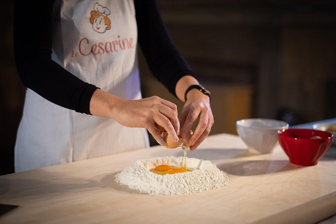 Private Tortellino Masterclass at a Cesarina's home with tasting in Bologna