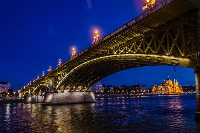 3-4 Hour Private Budapest Evening Photography Tour