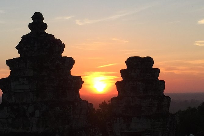 Private Grand Tour Bakeng Sunset from Siem Reap