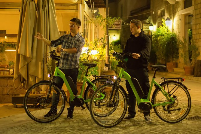 Rent an e-bike to visit the taverns