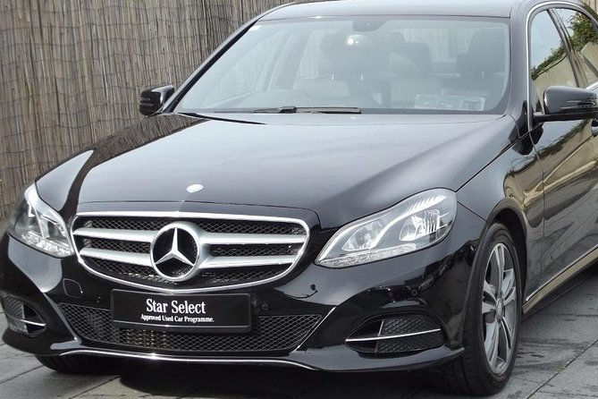 Dublin Airport to Maynooth Private Luxury Car Transfer
