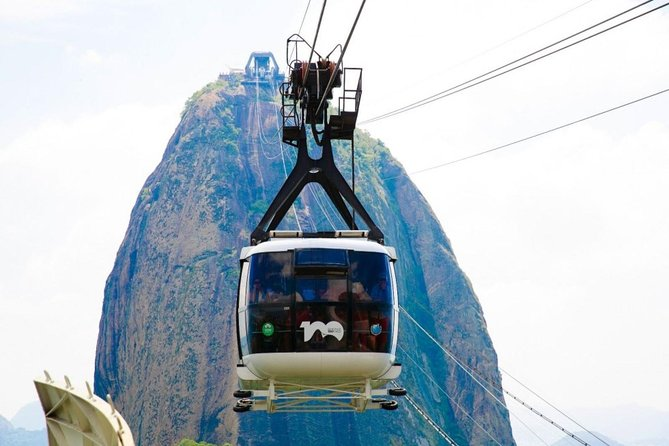 Lonely Planet Experiences: Sugarloaf Mountain & Urca Highlights Tour