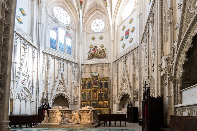 PRIVATE TOUR: Guided Tour with Preferential Access to the Cathedral of Toledo