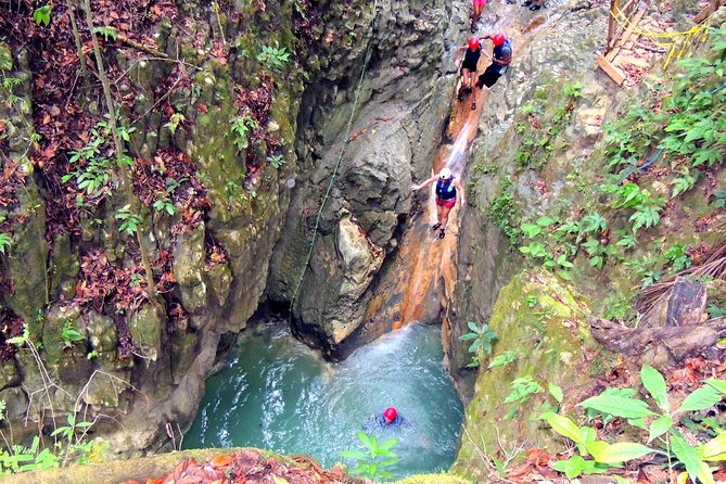 Puerto Plata: cascades de Damajagua + buggy Safari + équitation (TOP3IN1)