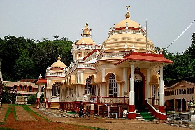 CULTURAL & HISTORIC DAY TOUR ATTRACTIONS - Churches, Temples & Spice Plantation photo 3