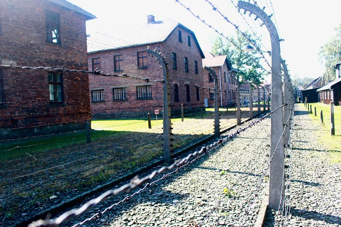 Auschwitz-Birkenau Tour with 4 Travellers photo 8