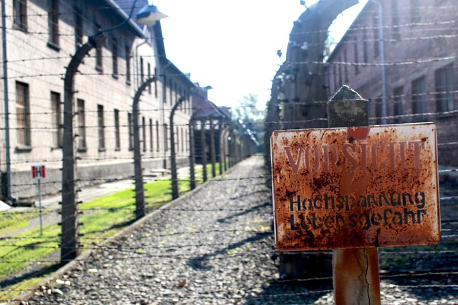 Auschwitz-Birkenau Tour with 4 Travellers photo 7