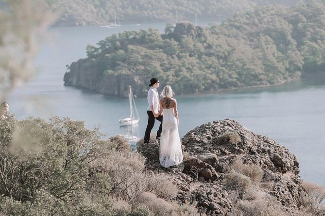Private Photo Session with a Local Photographer in Marmaris