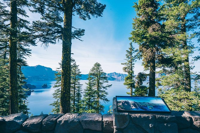 Crater Lake viewpoint