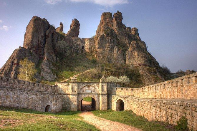 Belogradchik fortress and Belogradchik rocks tour