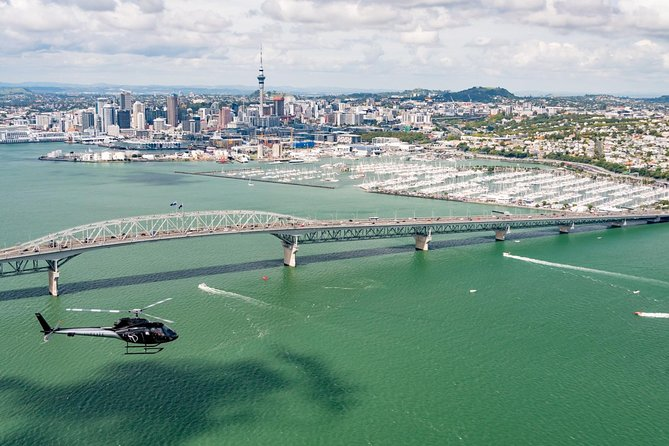City Of Sails - 10 Minute Scenic Helicopter Flight over Auckland