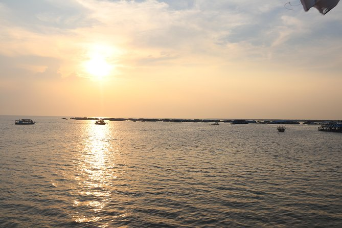 Sunset Dinner on Tonle Sap Lake with a Floating Village Tour photo 3
