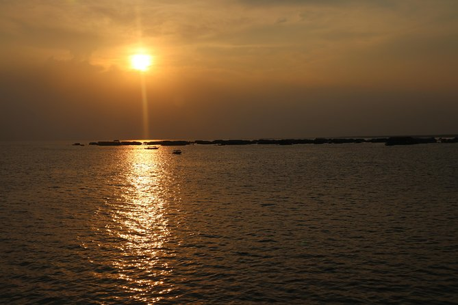 Sunset Dinner on Tonle Sap Lake with a Floating Village Tour photo 4