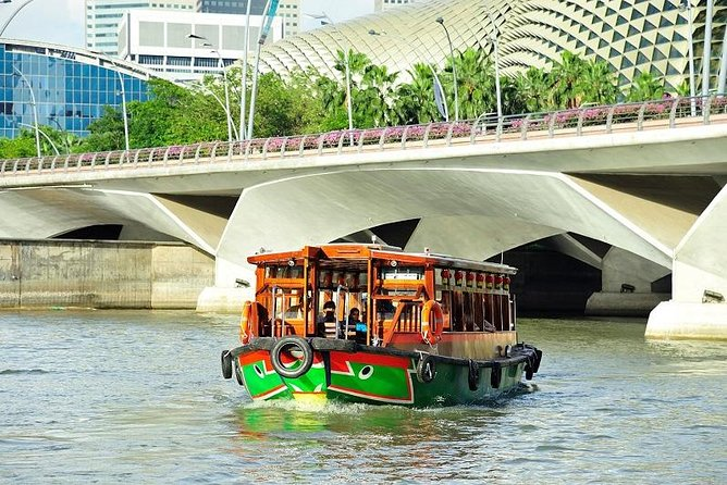 Singapore River Cruise + 1 Day Unlimited Hop On Hop Off Sightseeing