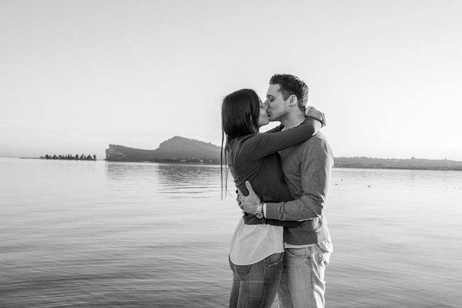 Private Photo Session with a Local Photographer in Desenzano del Garda