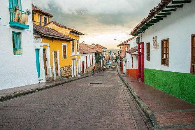 Bogota In Transit Tour (6-hour layover experience)