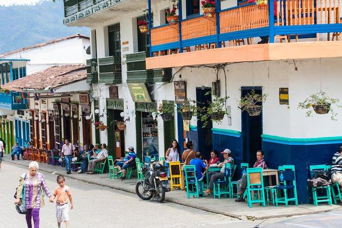 Jardin and Santa Fe de Antioquia Overnight Experience from Medellin