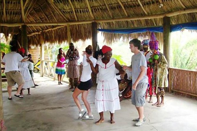 Roatan Ethnic Community, Mangrove, Sloth & Monkey Park tour