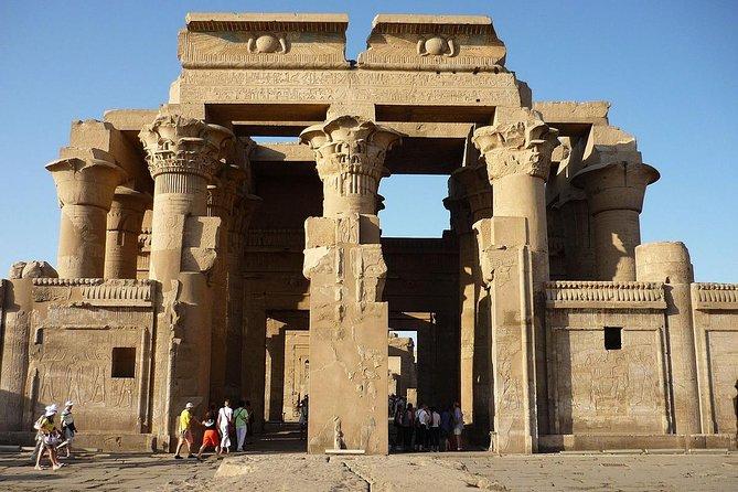 Enjoy Amazing Sailing Nile cruise from Luxor for 2 nights
