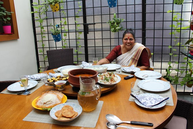 Cook and Dine Kerala cuisine with Local near Bangalore International Airport