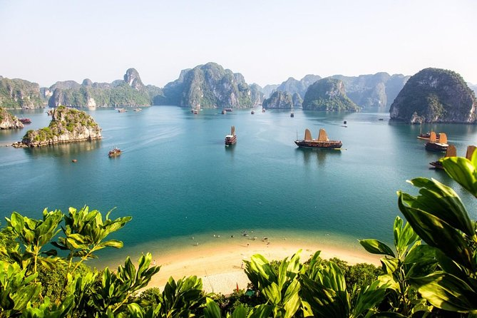 Halong Bay 3 days 2 nights on Christina Diamond Cruise 4 STARS LUXURY photo 4