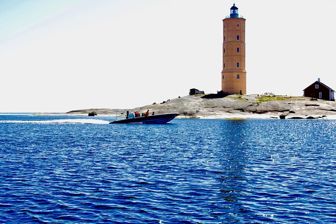 Helsinki Shore Excursion: Private Helsinki Archipelago High-speed Boat Cruise photo 9