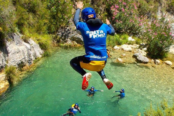Guided Visit: Canyoning in Granada, Río Verde Canyon