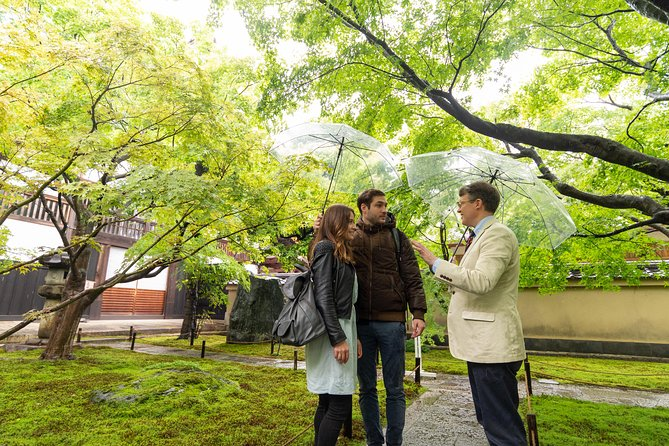 Expert Led Tour of Japanese Gardens in Kyoto