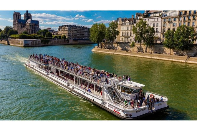 Paris: 1-Hour Cruise Ride Along The Seine River