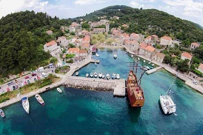 Elafiti Islands Private Tour with Fisher 20 Speedboat