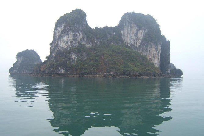 Halong Bay 3 days 2 nights on Christina Diamond Cruise 4 STARS LUXURY photo 2