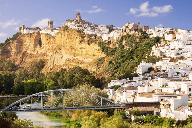 Private Day Trip from Jerez: The White Towns of Andalusia