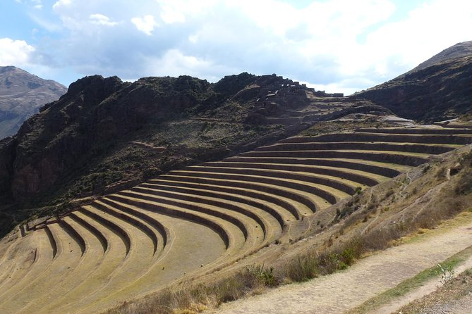 Sacred Valley, Machu Picchu 2-Day Tour with Hotel from Cusco