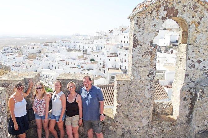 Vejer de la Frontera & Bolonia Private Day Trip from Cádiz
