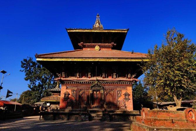 Bhaktapur Durbar Square and Changunarayan Temple Day Tour