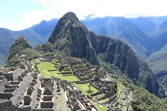 Sacred valley of the incas and MACHUPICCHU