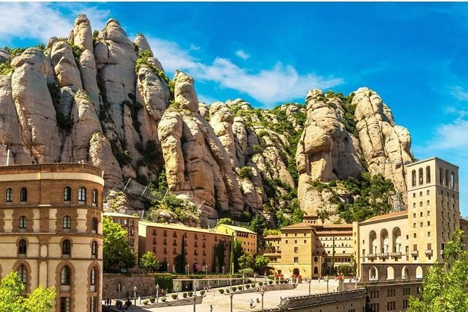 Montserrat by Yourself with English Chauffeur by Business Car