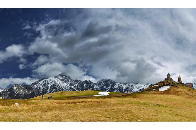 Ananuri-Gudauri- Kazbegi Mountain Tour with Photo Session
