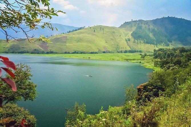 Toba Lake Explorer