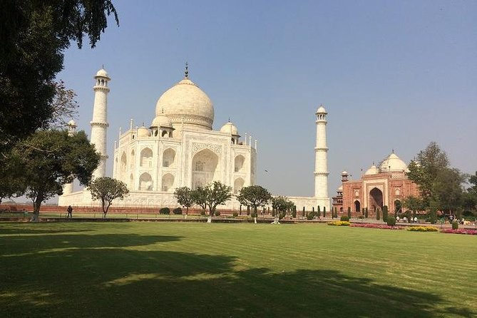 TajMahal Sunrise Tour with 3 World Heritage Site From Delhi by Car-All Inclusive