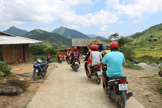 Sapa Motorbike & Trekking 2 Days 1 night